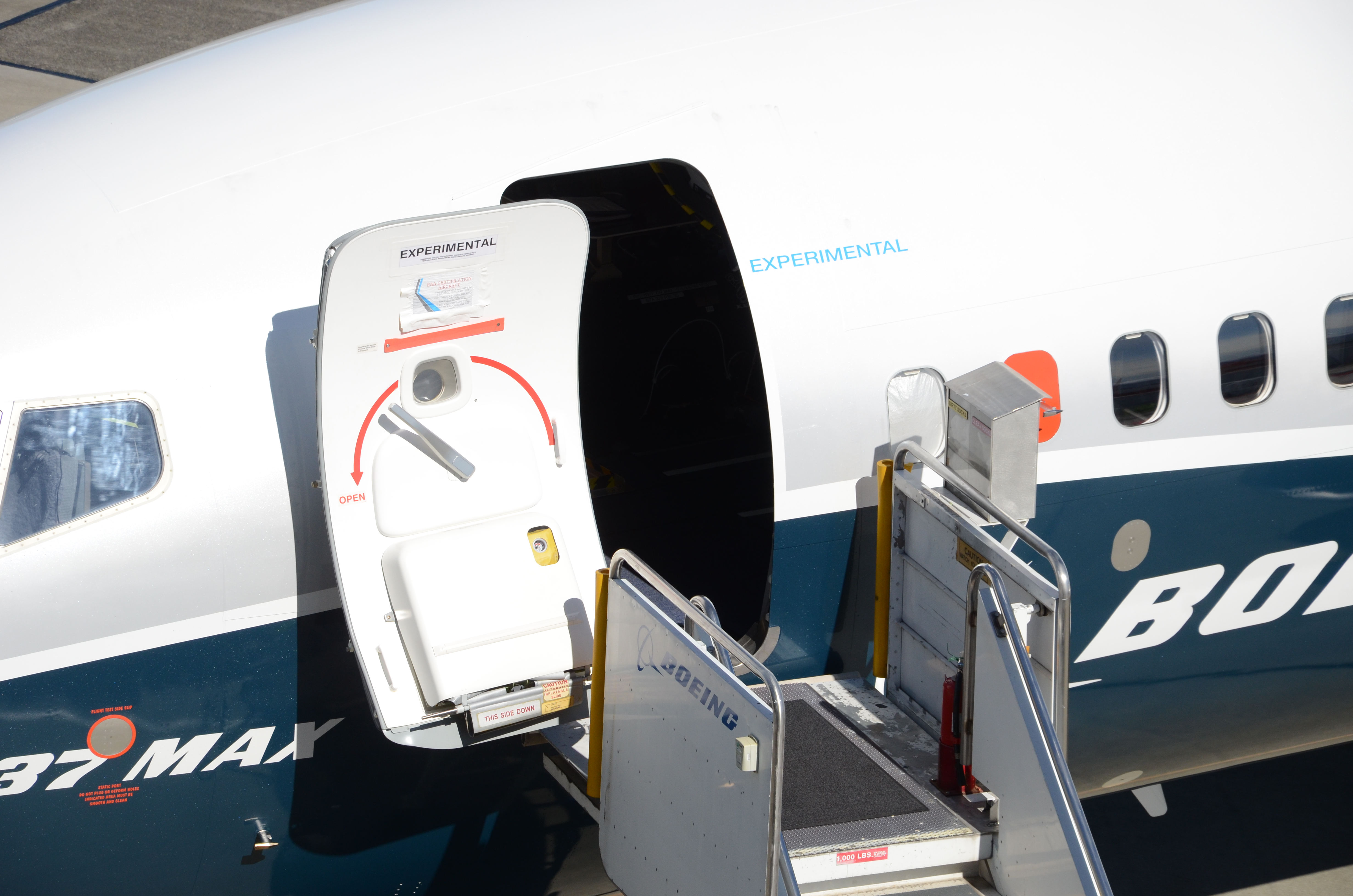 the world pulls the andon cord on the 737 max the air current A380 Air Craft of Meals