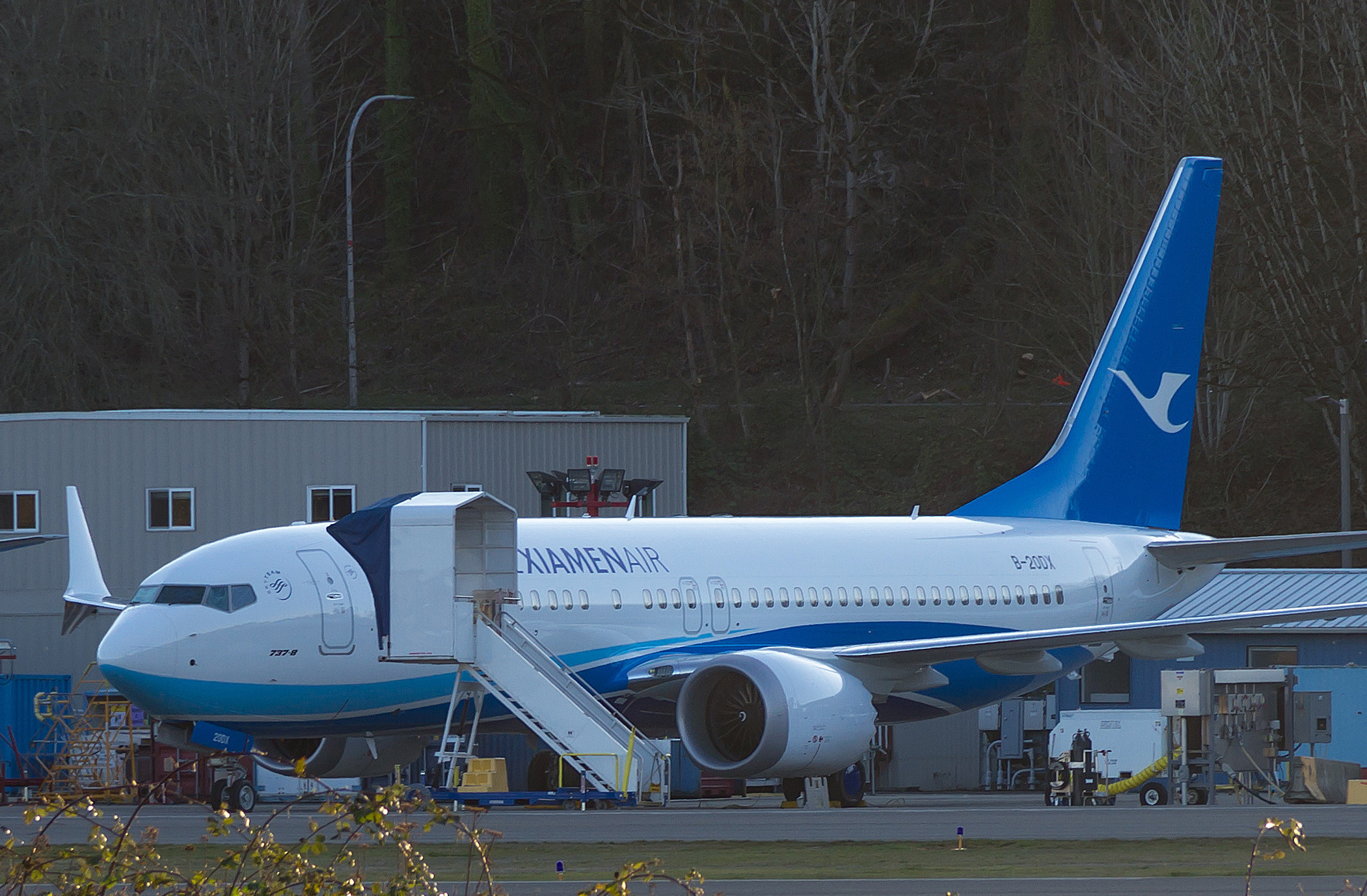 A newly-built Xiamen Airlines Boeing 737 Max 8 sits on Boeing's flight line in March 2021. Photo credit Woody's Aeroimages.